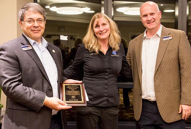 Yokel wins Molnar Award